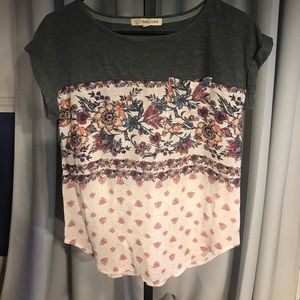 Very pretty mixed material top